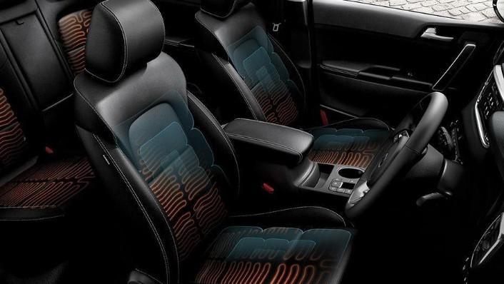 Kia Sportage (2018) Interior 008