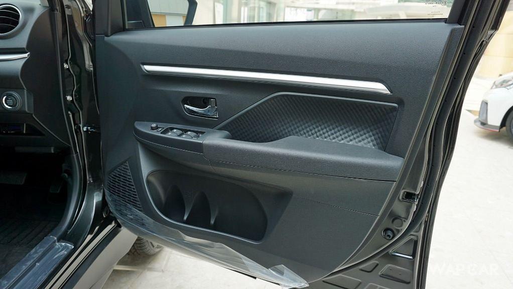 Perodua Aruz (2019) Interior 040