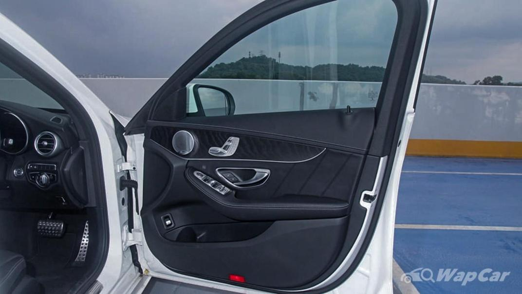 2018 Mercedes-Benz C-Class C 300 AMG Line Interior 062