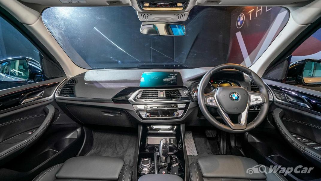 2021 BMW X3 sDrive20i Interior 001