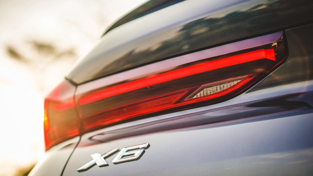 2020 BMW X6 xDrive40i M Sport Exterior 006