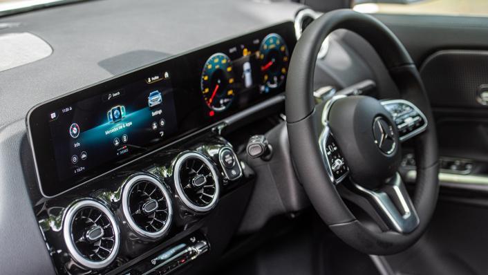 2021 Mercedes-Benz GLA 200 Interior 004
