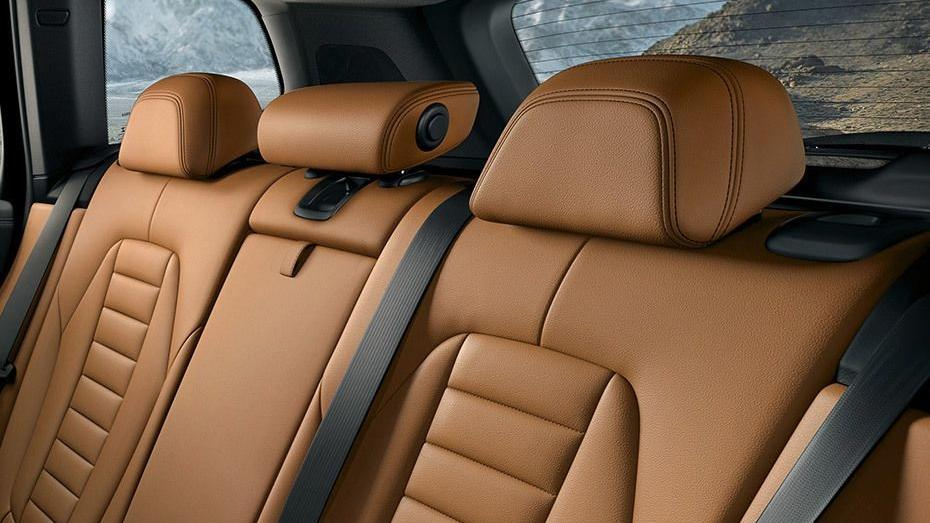 BMW X3 (2019) Interior 012