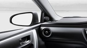 Toyota Corolla Altis (2018) Exterior 011