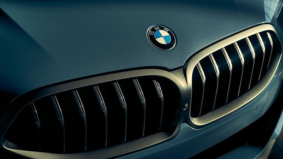 BMW 8 Series (2019) Exterior 010