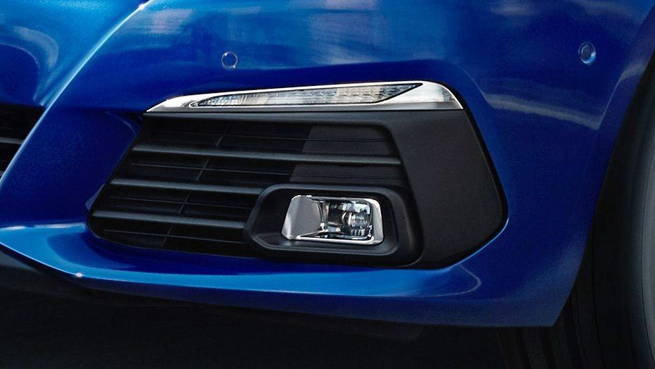 Peugeot 308 (2017) Exterior 005