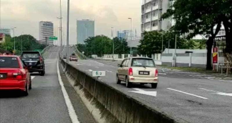 Driving against traffic: 807 accidents (29 fatal) in Malaysia since Jan 2021 02