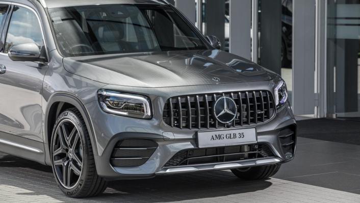 2020 Mercedes-AMG GLB 35 4MATIC Exterior 008