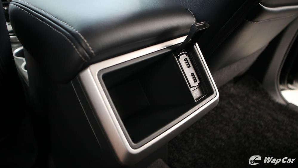 2019 Mitsubishi Triton VGT Adventure X Interior 031