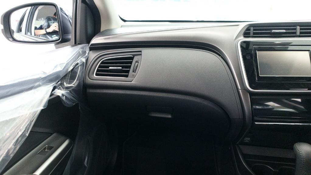 2018 Honda City 1.5 V Interior 004
