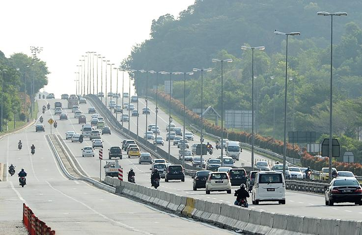 Toll rate hike deferment: Gov to pay operators RM 2 bil in compensation 02