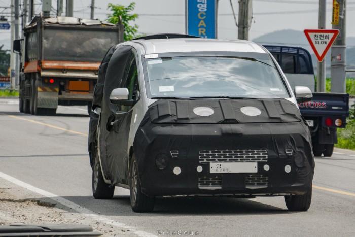 Spyshot Hyundai Grand Starex 2021, rekaan hadapan serba baru? 02