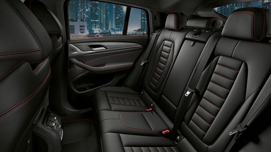BMW X4 (2018) Interior 007