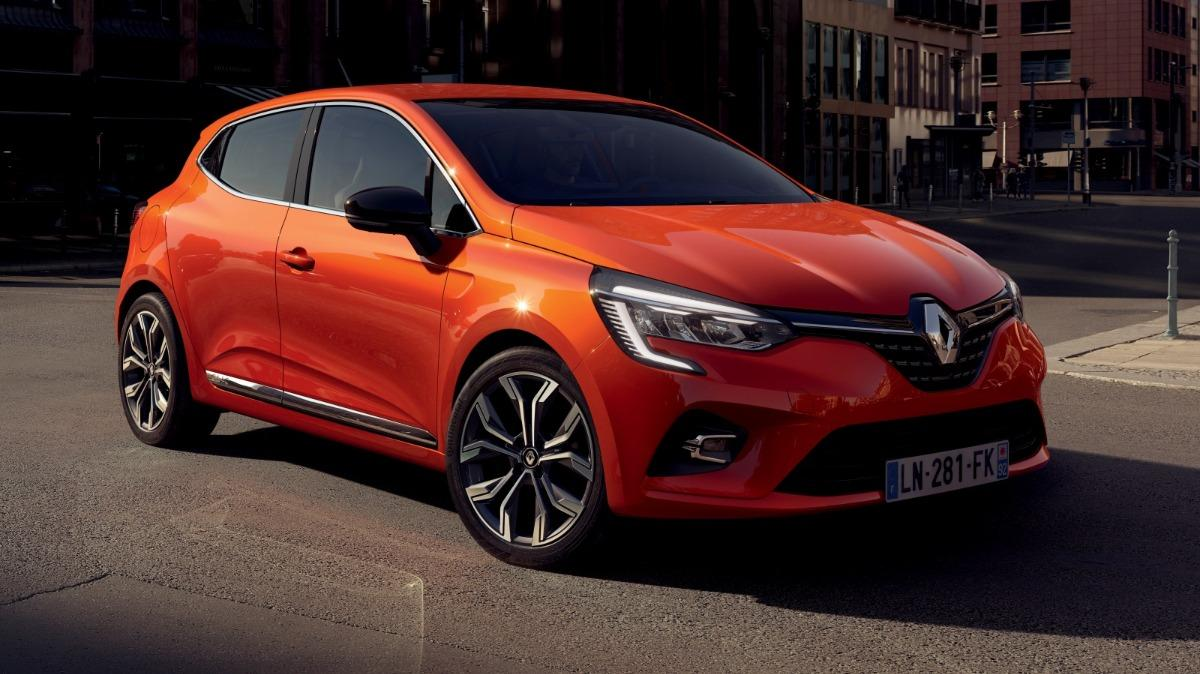 Renault Clio overtakes VW Golf in Europe