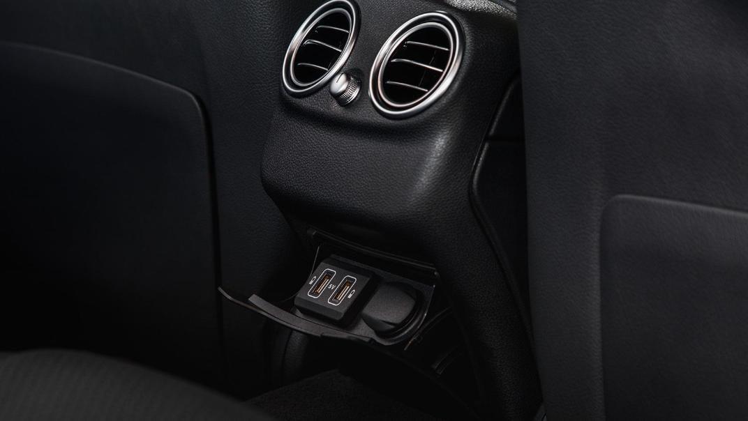 2020 Mercedes-Benz C-Class C 200 AMG Line Interior 008