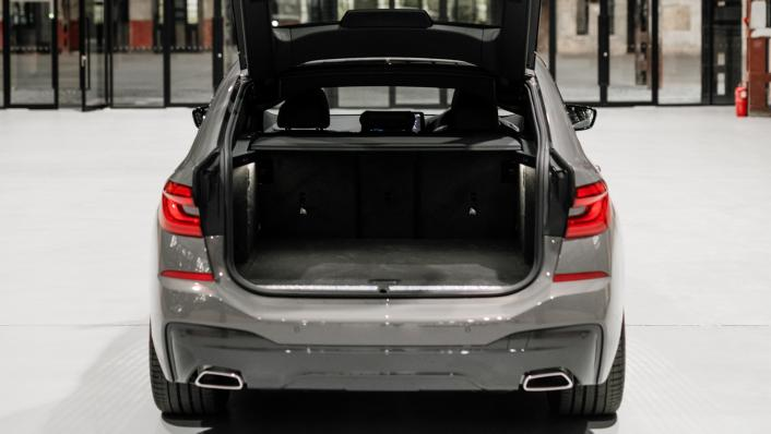 2021 BMW 6 Series GT 630i M Sport Interior 009