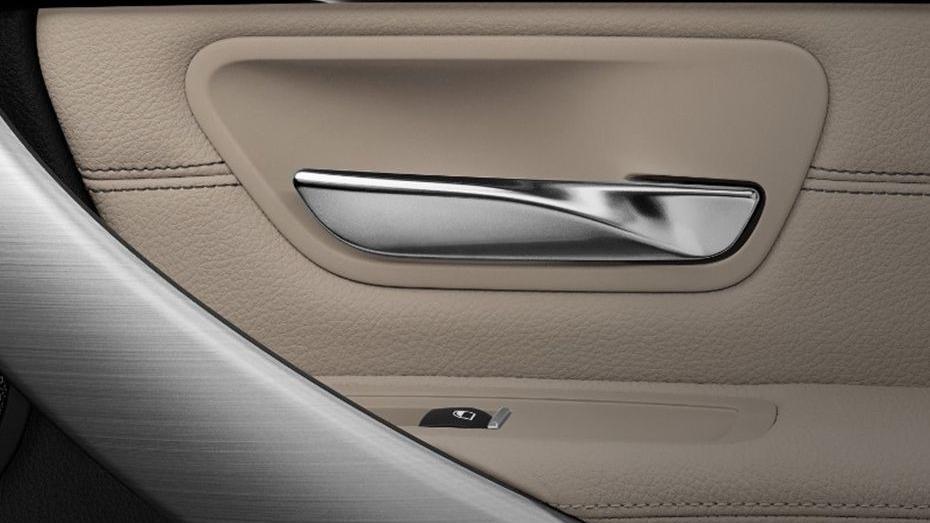 BMW 3 Series (2019) Interior 012