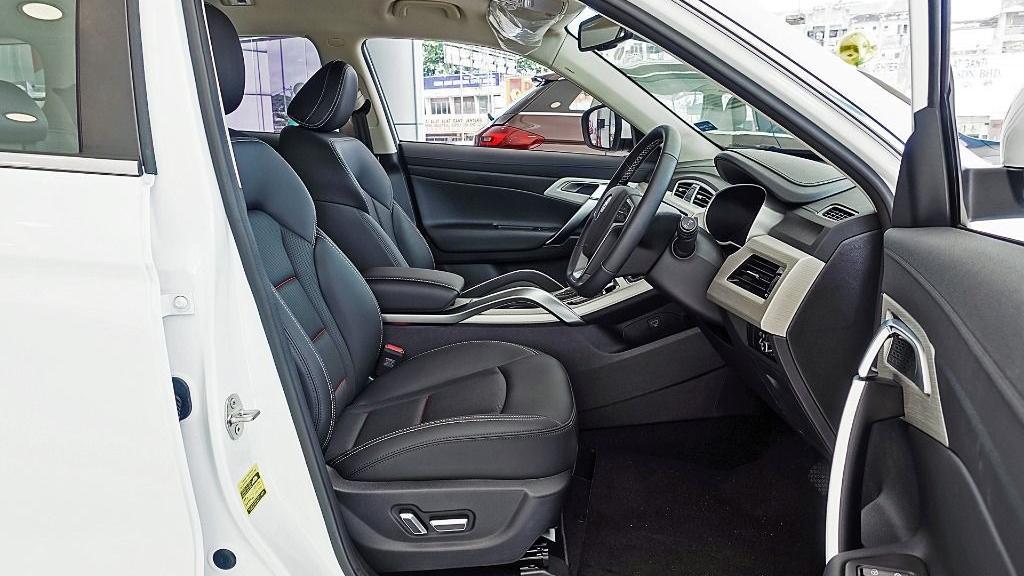 2018 Proton X70 1.8 TGDI Executive AWD Interior 043