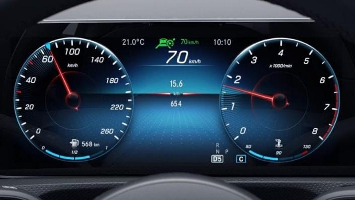 2019 Mercedes-Benz A200 Sedan Progressive Line Interior 003