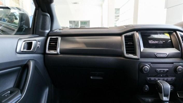 2019 Ford Ranger Raptor 2.0L 4X4 High Rdier Interior 005
