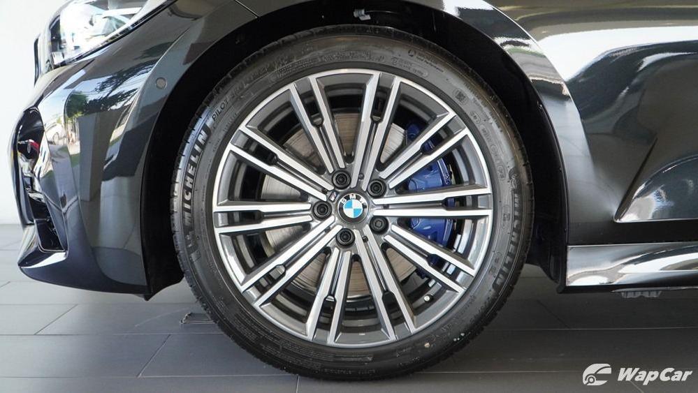 2019 BMW 3 Series 330i M Sport Exterior 055