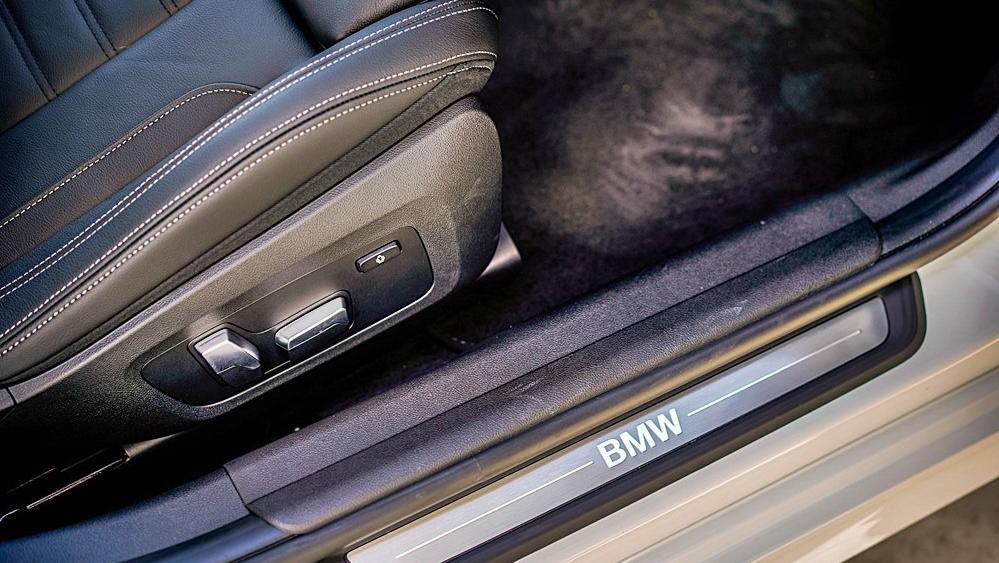 2020 BMW 3 Series 320i Sport Interior 195
