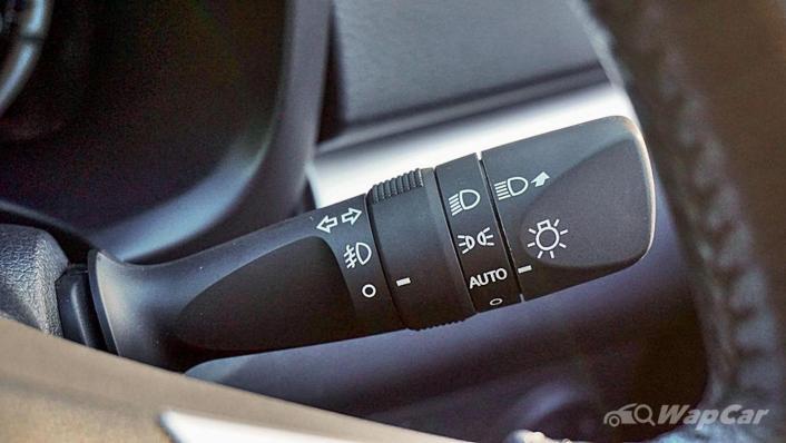2019 Perodua Aruz 1.5 AV Interior 006