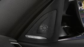 BMW 3 Series (2019) Exterior 014