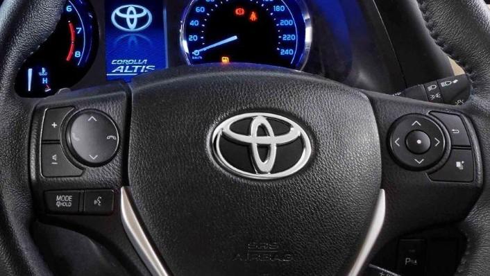 Toyota Corolla Altis (2018) Interior 003