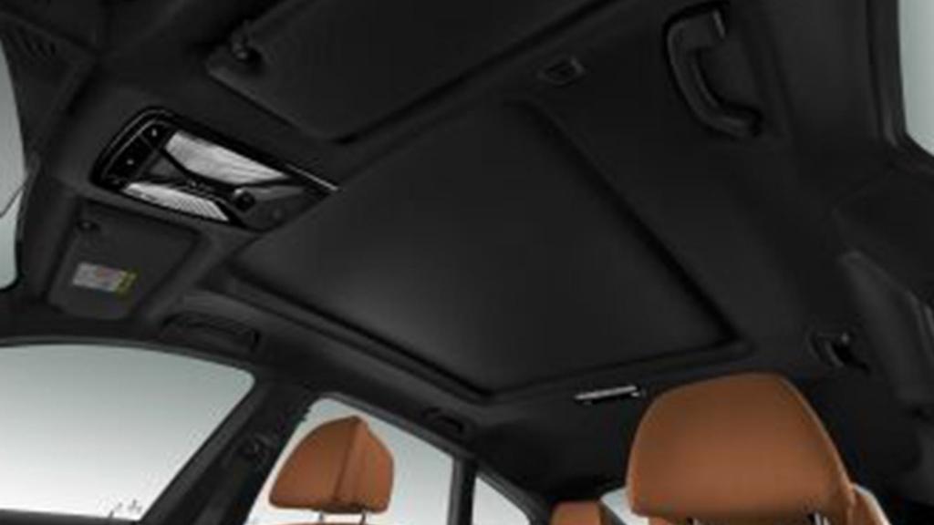BMW 6 Series GT (2019) Interior 013