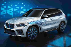 BMW i Hydrogen NEXT gets its fuel cells from Toyota
