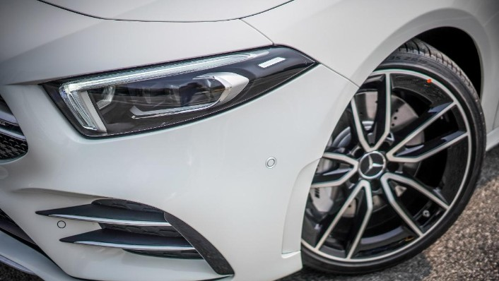 2019 Mercedes-Benz AMG A-Class A35 Exterior 010