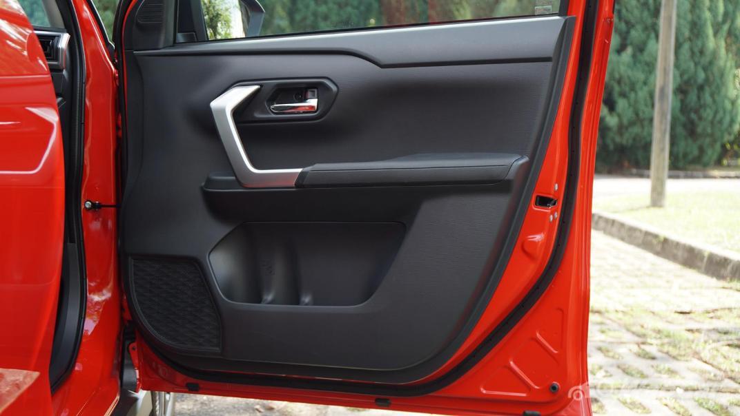 2021 Perodua Ativa 1.0L Turbo AV Special Metallic Interior 057