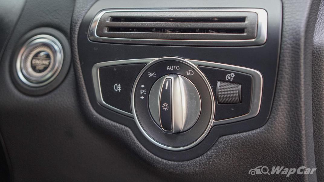 2020 Mercedes-Benz C-Class C 200 AMG Line Interior 020