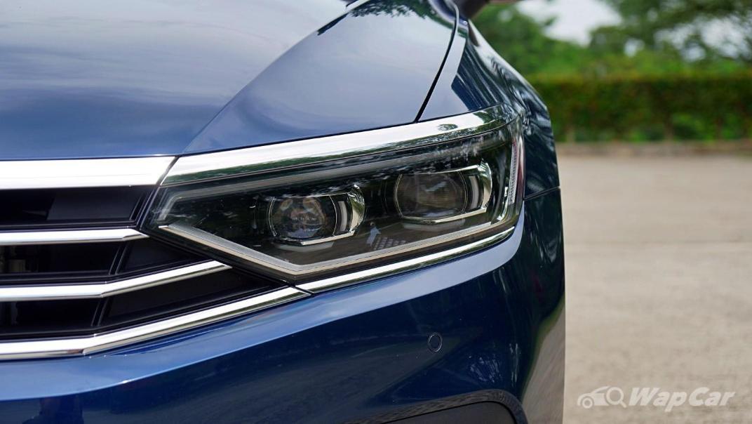 2020 Volkswagen Passat 2.0TSI Elegance Exterior 012